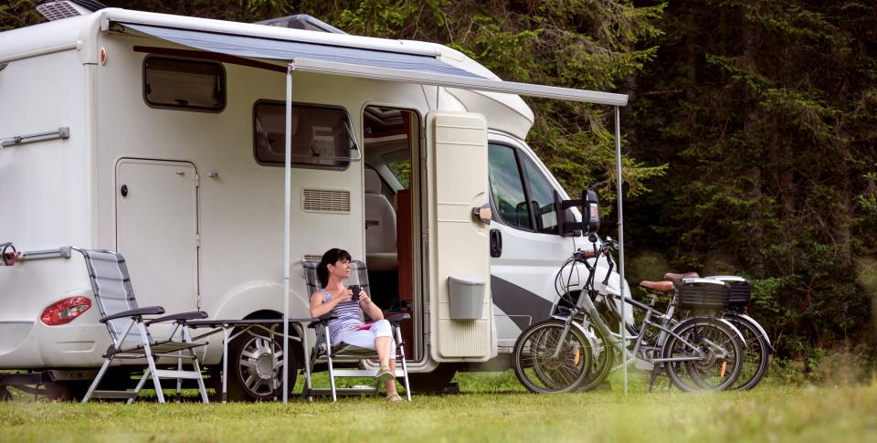 Ga er op uit in de Biesbosch! We bieden u luxe camperplaatsen met stroom en wateraansluiting